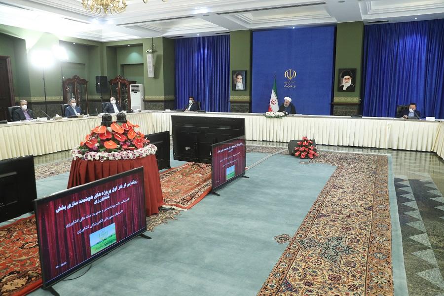 سامانه مجوزهای الکترونیکی کشاورزی با حضور رئیس جمهور رونمایی شد