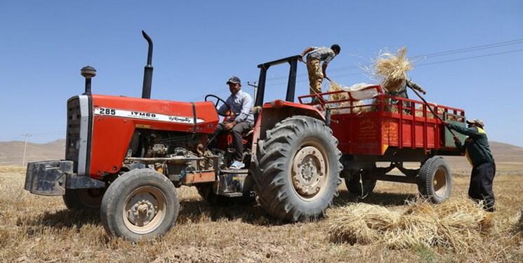 ضرورت احداث جایگاههای سوخت ماشینآلات کشاورزی در روستاها